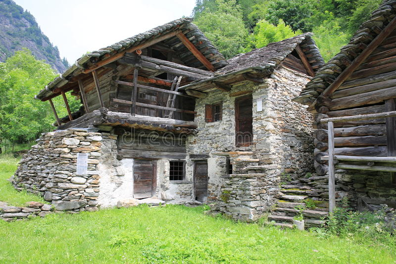 Historyczny gospodarstwo rolne w Tessin, Szwajcaria obrazy stock