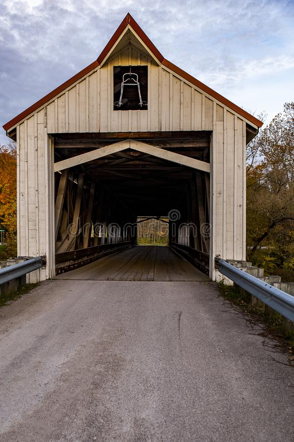 Historyczny Mechanicsville Zakrywający most - Ashtabula okręg administracyjny, Ohio zdjęcie stock