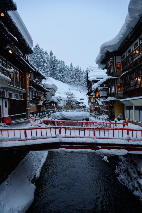 Historyczny okręg Ginzan-onsen w zimie fotografia royalty free
