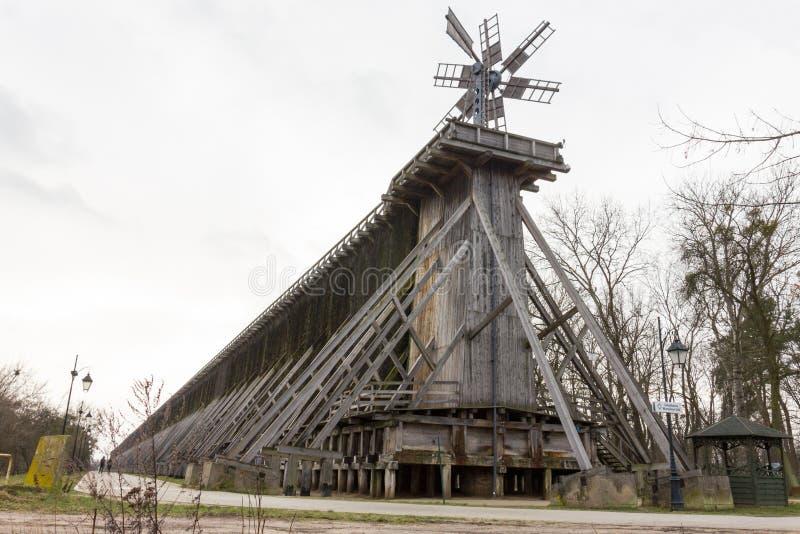 Historyczny skalowania wierza w Ciechocinek, Polska obraz royalty free