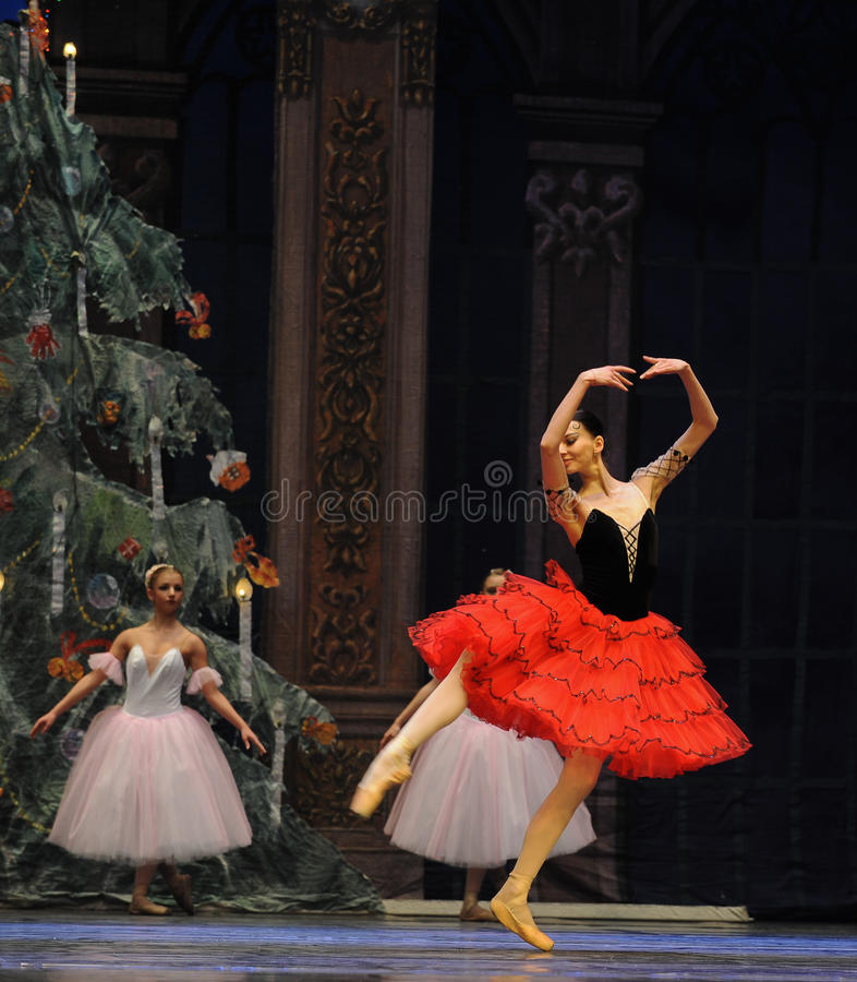 Hiszpańska stylowa dziewczyna drugi aktu cukierku po drugie śródpolny królestwo - Baletniczy dziadek do orzechów zdjęcie royalty free
