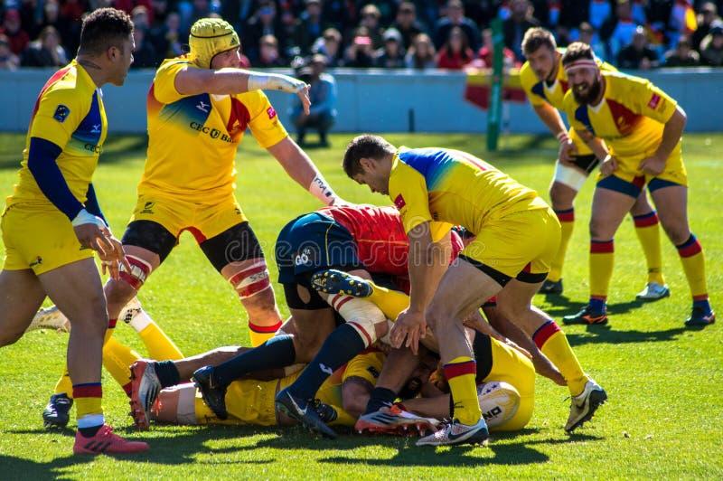 Hiszpański i Rumuński rugby zespala się w młynie fotografia stock