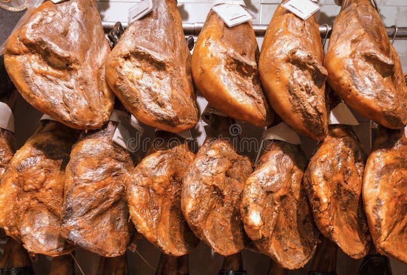 Hiszpański jamon Produkt krajowy storefront zdjęcie royalty free