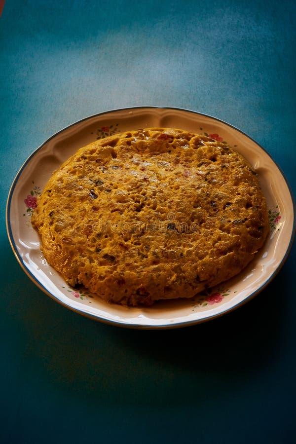 Hiszpański tortillla bardzo wyśmienicie dla je zdjęcia stock