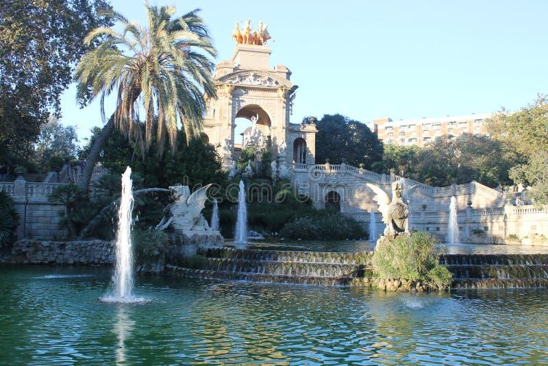 Hiszpania, Barcelona, gruntowy widok, dzie? i noc -, zdjęcie stock