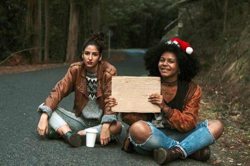 hitchhiking fotos de archivo