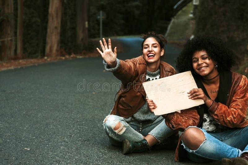 hitchhiking fotografía de archivo libre de regalías
