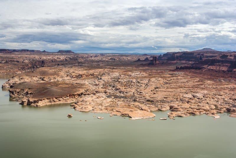 Hite Marina Campground sur le fleuve Colorado en Glen Canyon National Recreation Area photos stock