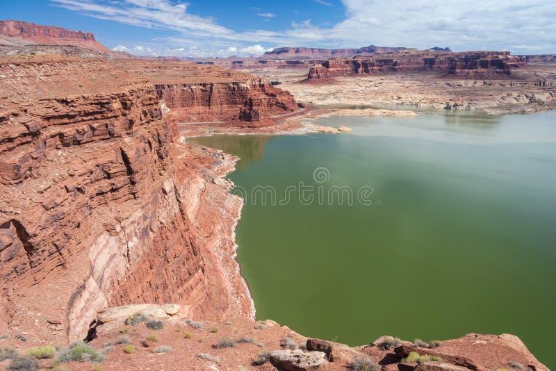 Hitejachthaven op de Rivier van Colorado in Glen Canyon National Recreation Area royalty-vrije stock afbeelding