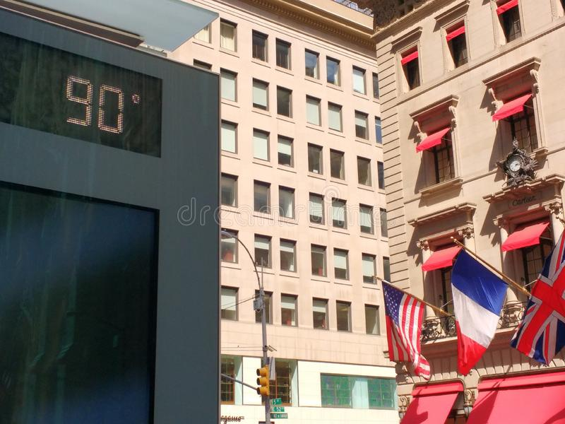 Hittegolf, Hete 90 Graaddag, Negentig Graden in de Stad van New York, NYC, de V.S.