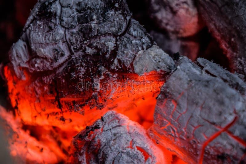 Hitzedampf vom Feuer stockbild