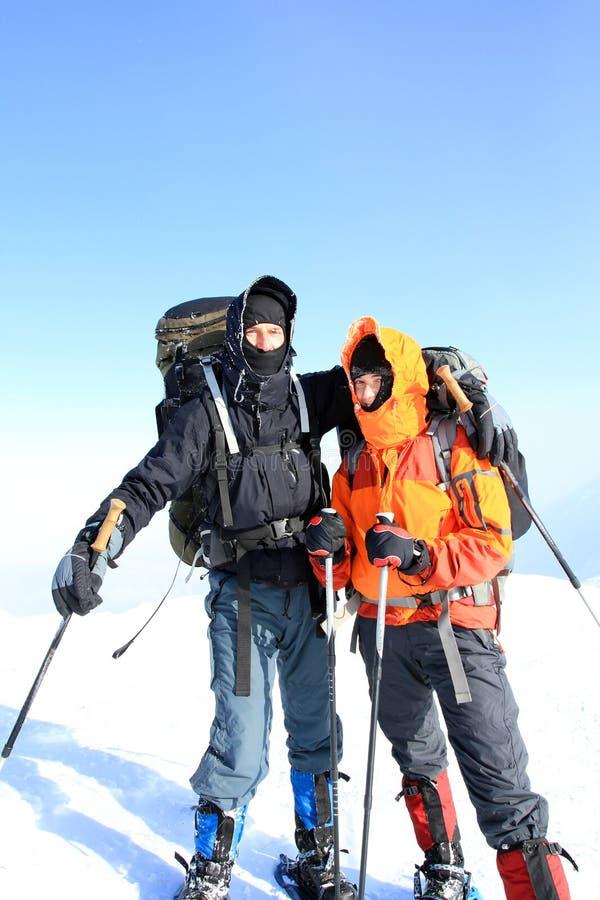 Hiver augmentant dans les montagnes photographie stock libre de droits