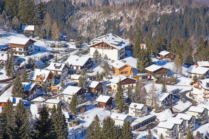 Hiver dans les Alpes photographie stock libre de droits