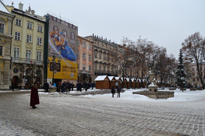 Hiver de Lviv Ukraine de place du marché photographie stock libre de droits