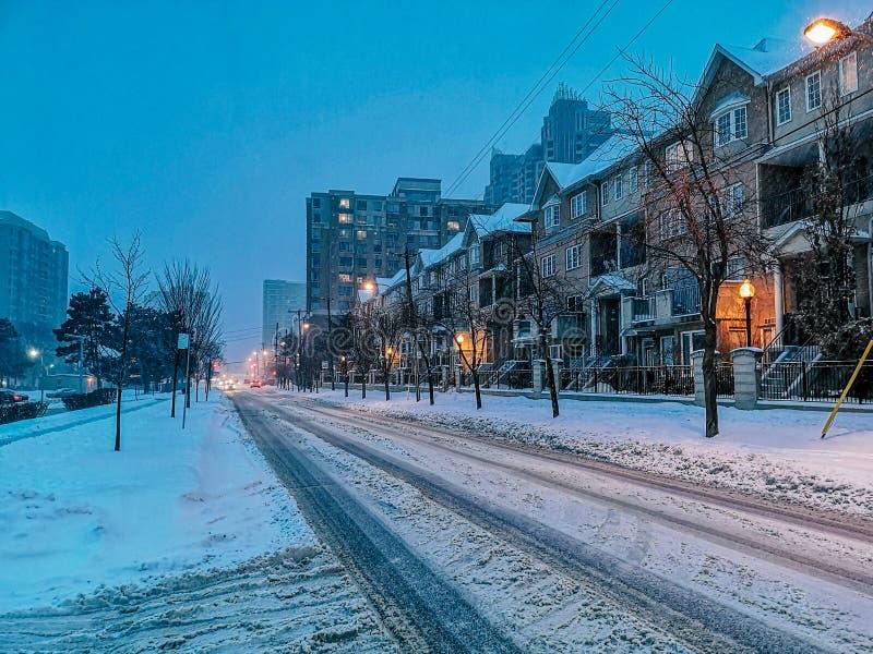 Hiver soir ville paysage urbain de Toronto Canada photo stock