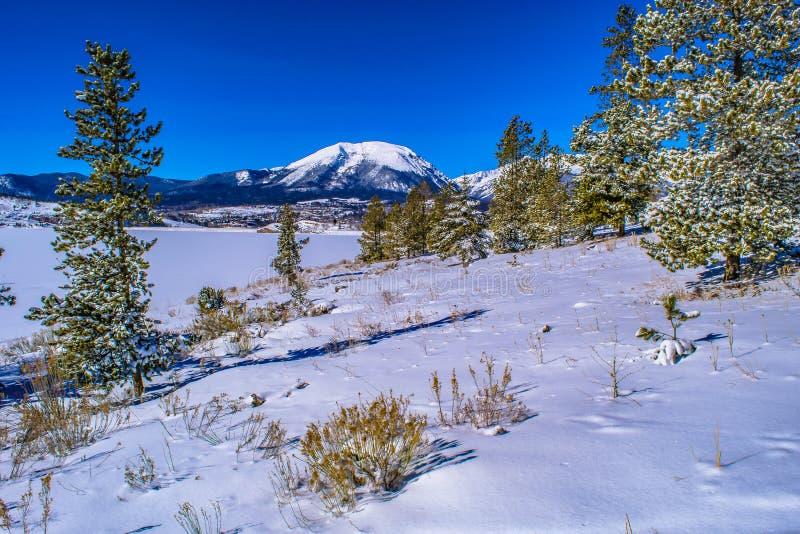 Hiver sur le lac à Breckenridge, le Colorado photographie stock libre de droits