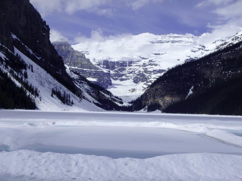 hivernal en la cima de la montaña imágenes de archivo libres de regalías