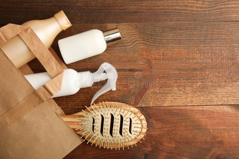 Hjälpmedel för omsorg av hår arkivbild