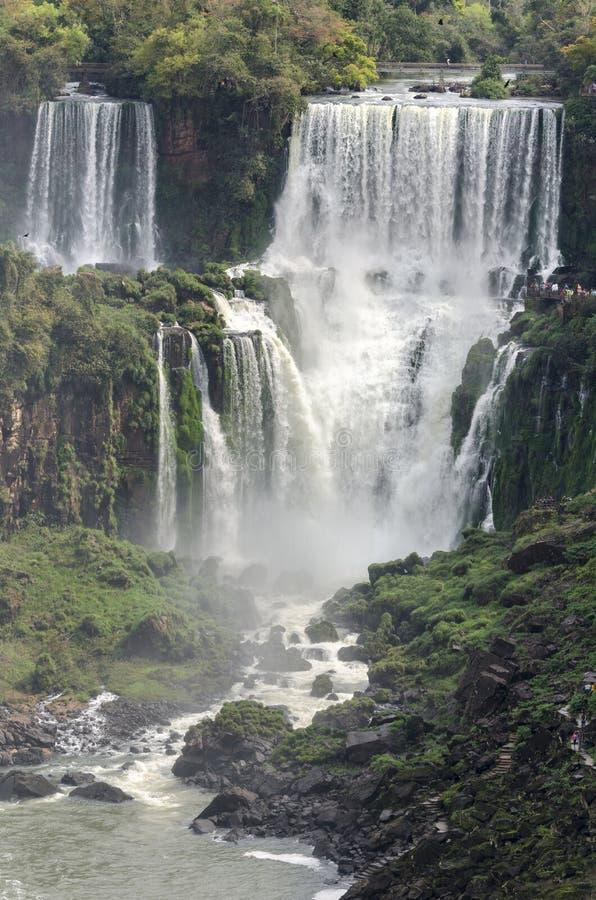 Hjälpmedel för vattenfallet Iguacuwalls arkivbilder