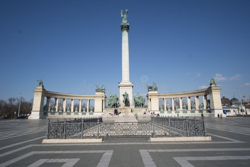 Hjältar kvadrerar Budapest royaltyfri fotografi