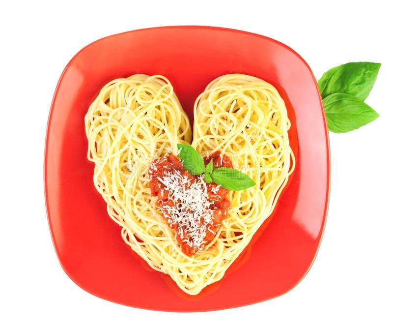 hjärta älskar jag pastaformspagetti arkivfoton