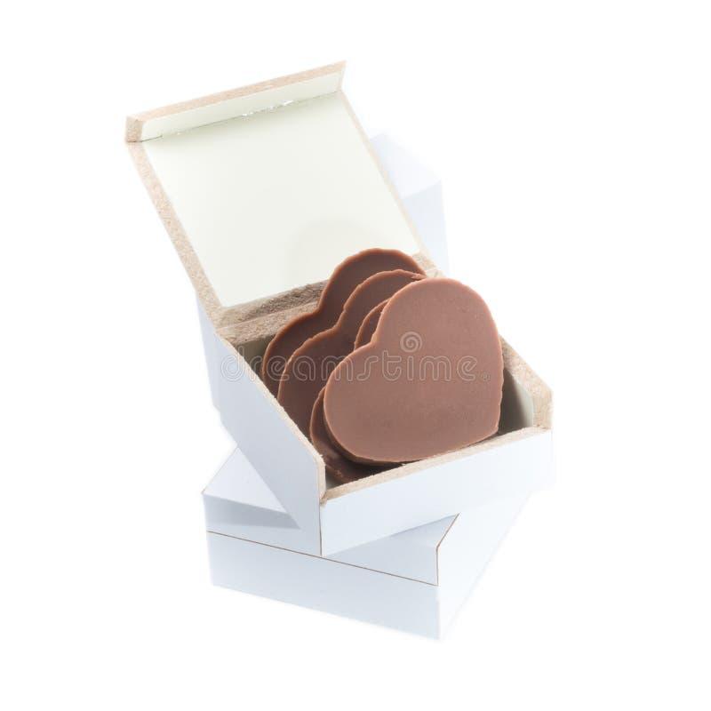 Hjärta formad choklad i en ask arkivbilder