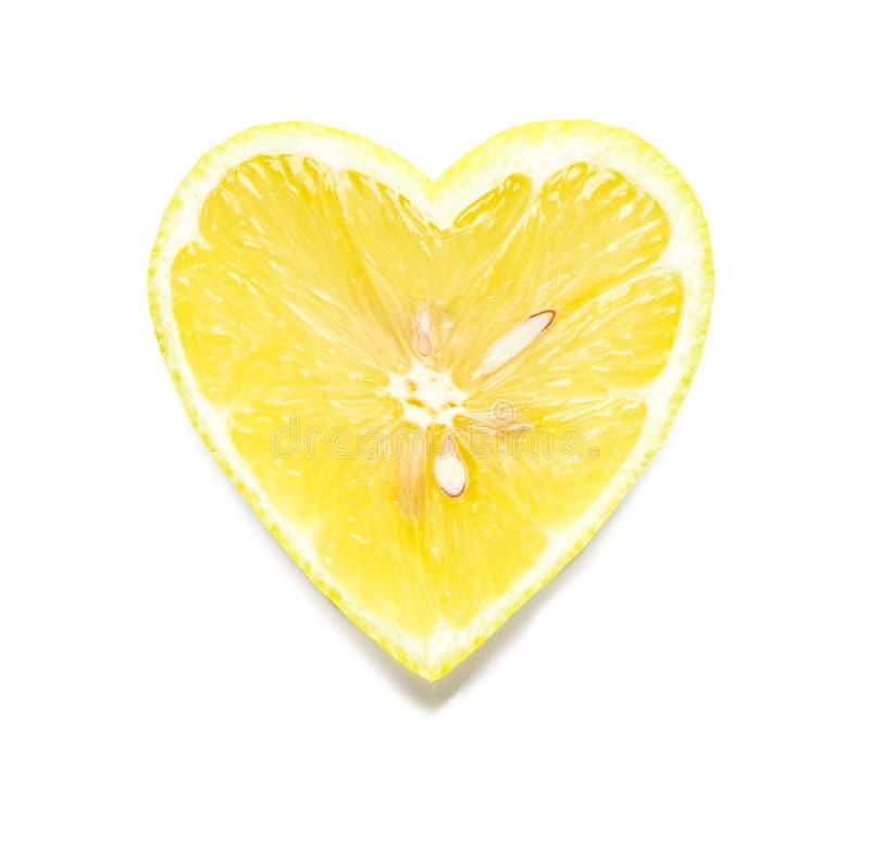 Hjärta formad citronskiva royaltyfri fotografi