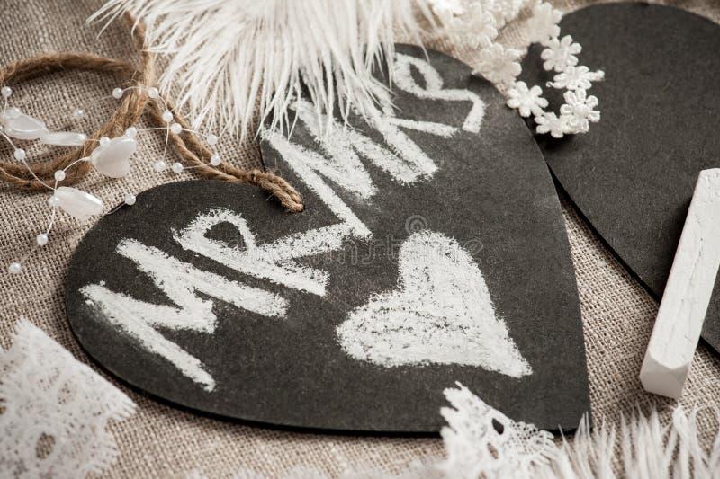 Download Hjärta Formad Svart Tavlaetikett Arkivfoto - Bild av dekor, bröllopsresa: 76702016