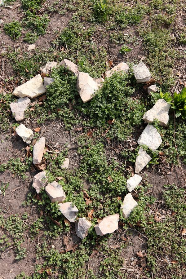Hjärtaform från stenar royaltyfri fotografi