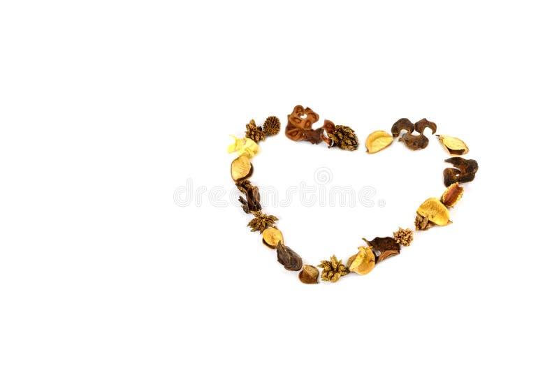 Hjärtaform gör från blommor royaltyfria foton