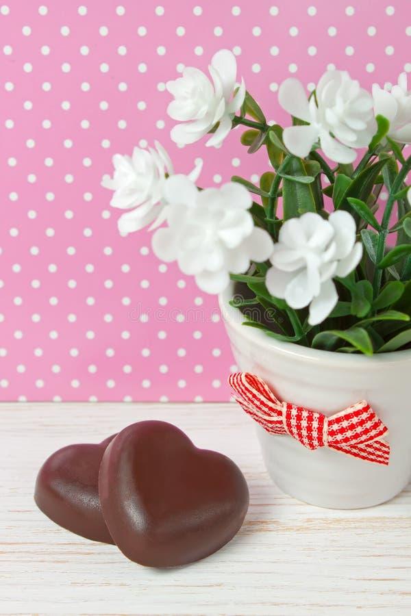 Hjärtor för chokladgodis royaltyfria foton