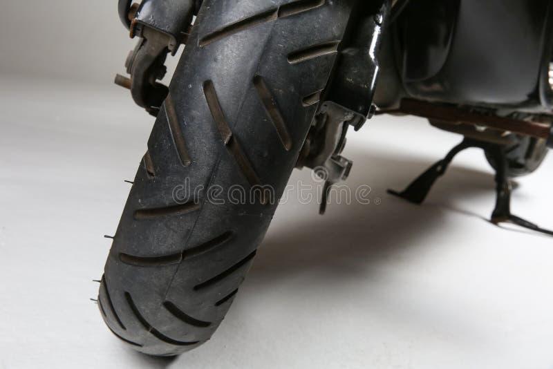 hjuls gummihjul av sparkcykeln royaltyfria bilder