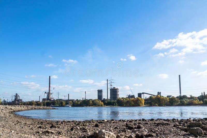 HKM inscenizowania stal blisko do rzecznego Rhine zdjęcie royalty free