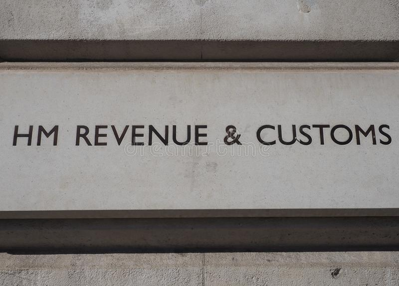 HM Revenue and Customs sign in London lizenzfreie stockfotos