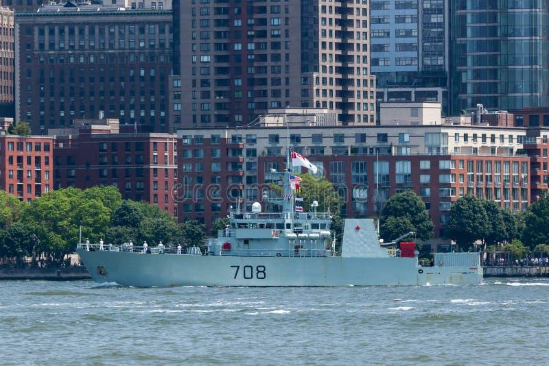 HMCS Moncton bij Vlootweek royalty-vrije stock afbeelding
