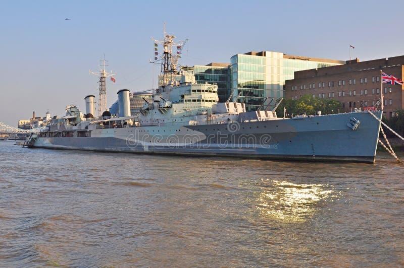 HMS Белфаст на ее койке Лондона стоковые фото