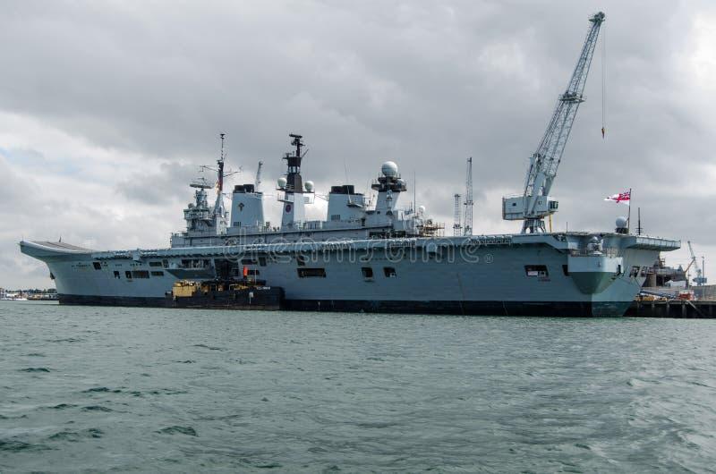 Download HMS Illustrious, Portsmouth Fotografia Editorial - Obraz: 32841217