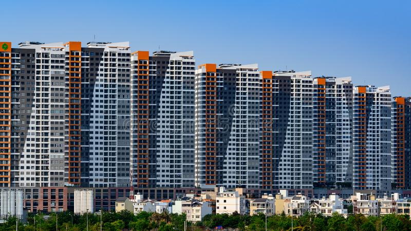 Ho Chi Minh City of Saigon, Vietnam, high-rise woonflats royalty-vrije stock afbeelding