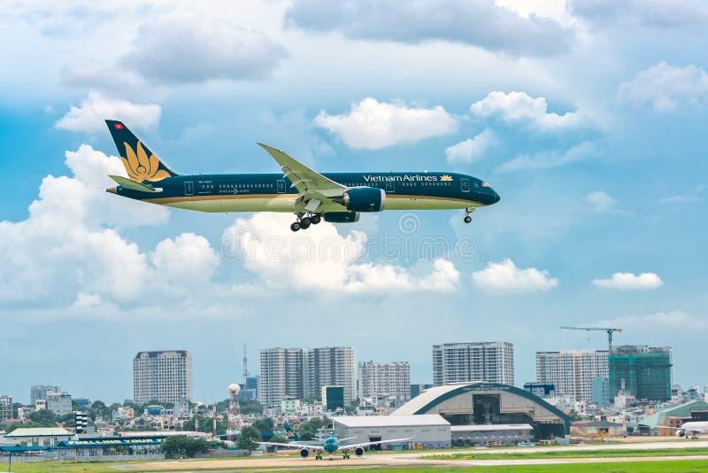 Ietnam airline boeing 787 landing at Tan Son Nhat International Airport. Ho Chi Minh City, Vietnam - July 29th, 2018: Vietnam airline boeing 787 landing at Tan royalty free stock photos