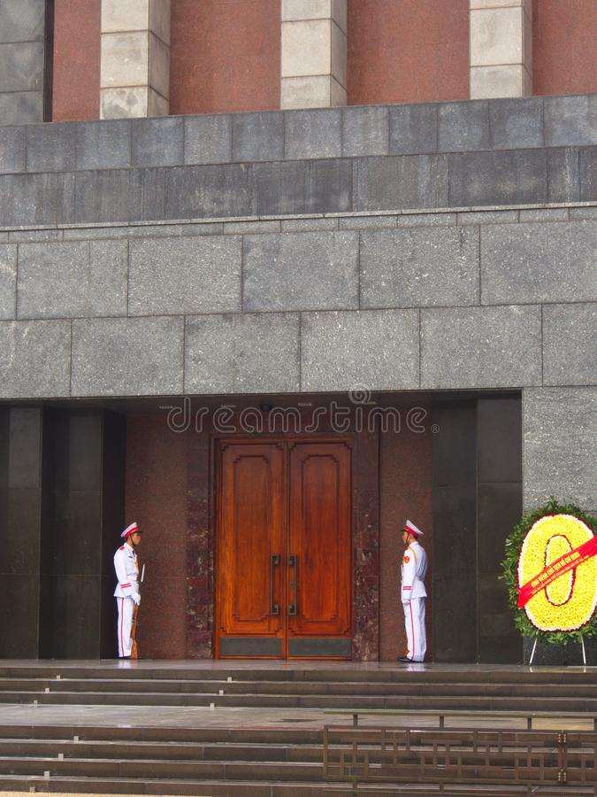 Ho Chi Minh Mausoleum é o lugar de descanso final de Vietname imagens de stock royalty free