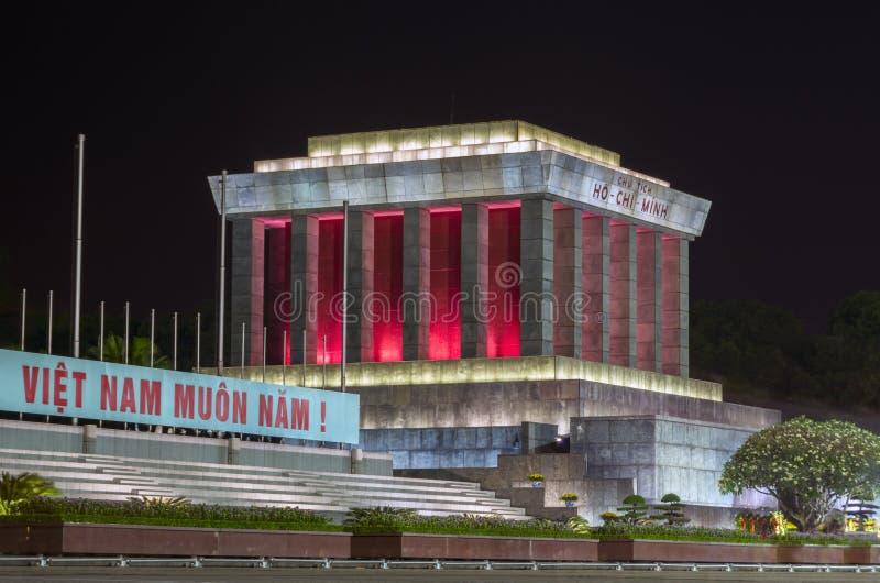 Ho Chi Minh Mausoleum na noite foto de stock