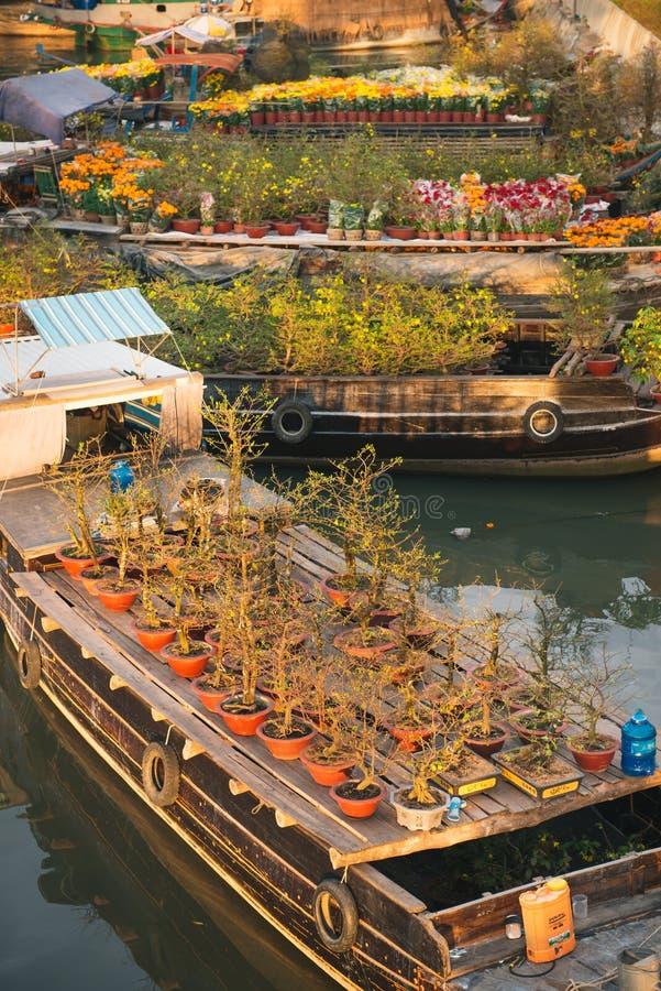 HO-CHI-MINH-STAD, VIETNAM - 24 Januari, 2017: Ben Binh Dong-bloem F stock fotografie