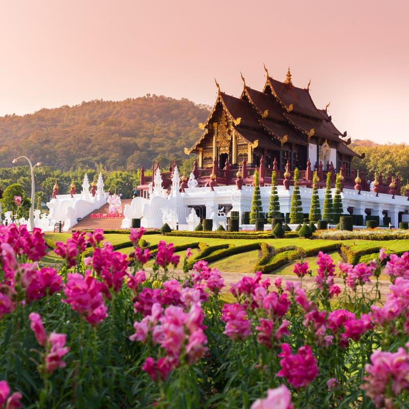Ho Kham Luang em Flora Expo real, arquitetura tailandesa tradicional imagem de stock