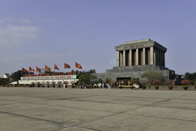 Ho Shi Min mausoleum i den Hanoi staden fotografering för bildbyråer