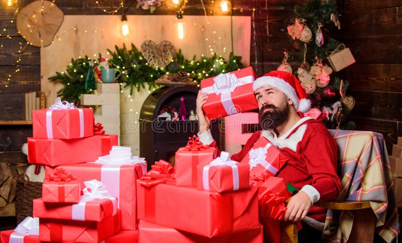 Ho Ho Ho winterwinkelen Erg hoffelijk santa hat cadeau voor kerstmis bebaarde santa-levering royalty-vrije stock fotografie