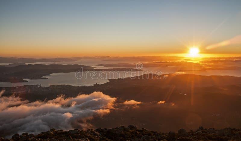 Hobart Sunrise da parte superior da montagem Wellington fotos de stock royalty free