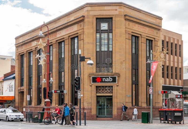 Hobart, Tasmania Australia, Grudzień, - 14, 2009: zbliżenia i antepedium widok historyczny budynek Krajowy Australasia bank dalej obrazy royalty free