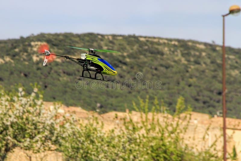 Hobby di modello dell'elicottero radiocomandato immagine stock
