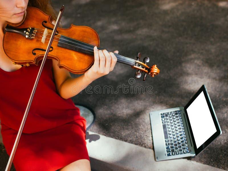 Hobby för konst för musikalisk kapacitet för gata royaltyfri fotografi