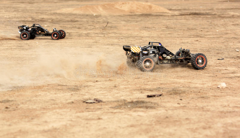Hobby rc powozika rasa na pustyni fotografia royalty free